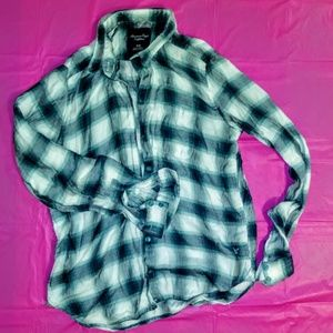 American Eagle Outfitters Green Plaid Shirt